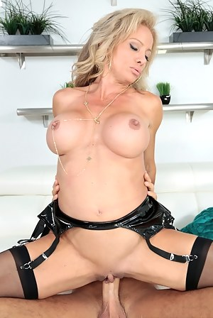 Dick in MILF Pussy Porn Pictures