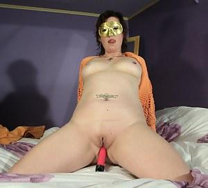 MILF Blindfold Porn Pictures