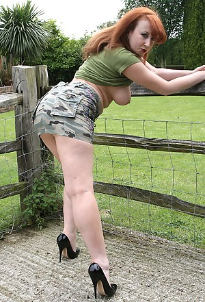 MILF Farm Porn Pictures